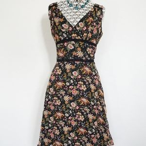 VTG Floral Sleeveless Vneck Ruffled Dress